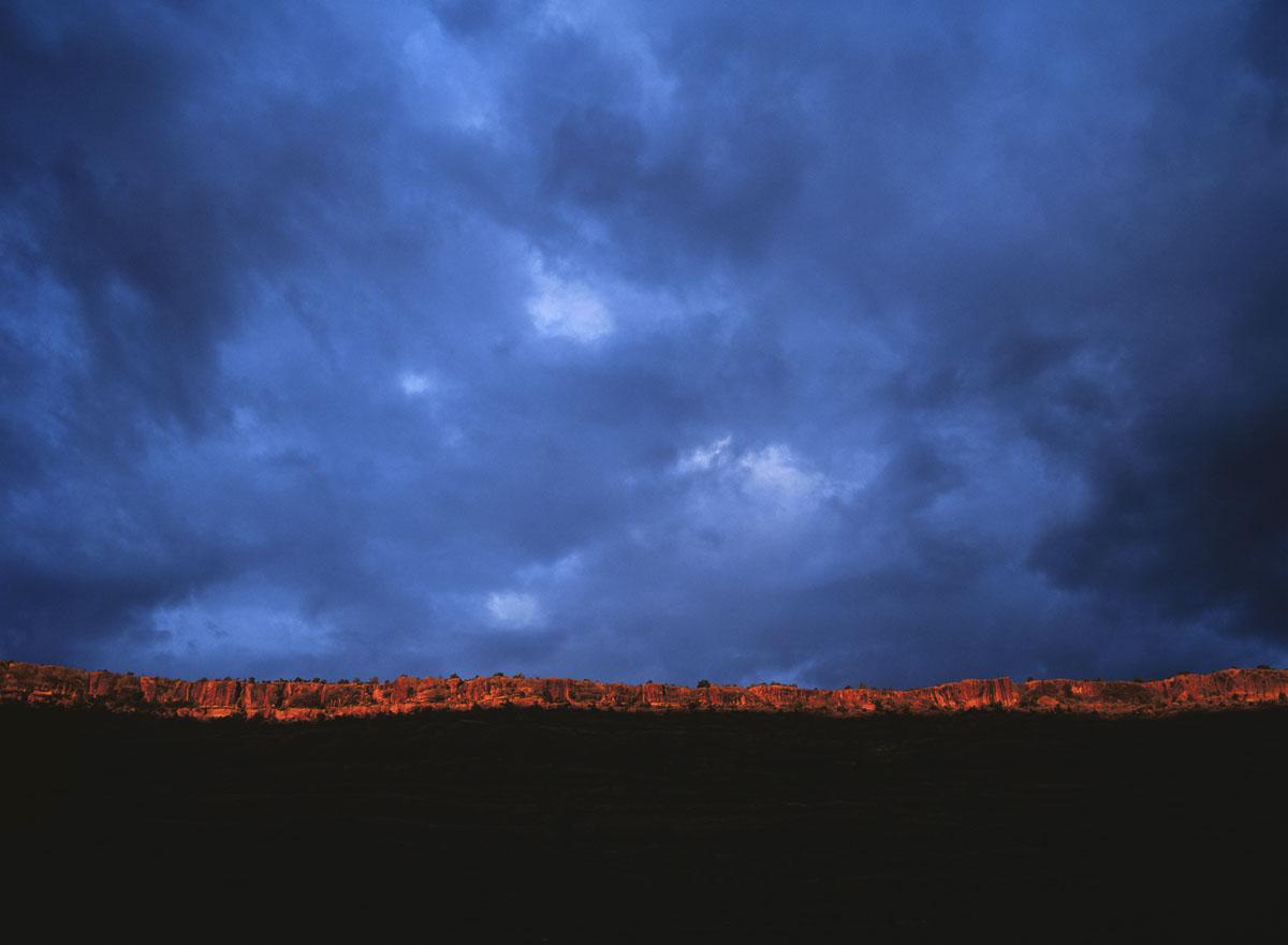 Photograph: First Light Cedar Mesa © Dwight Hiscano