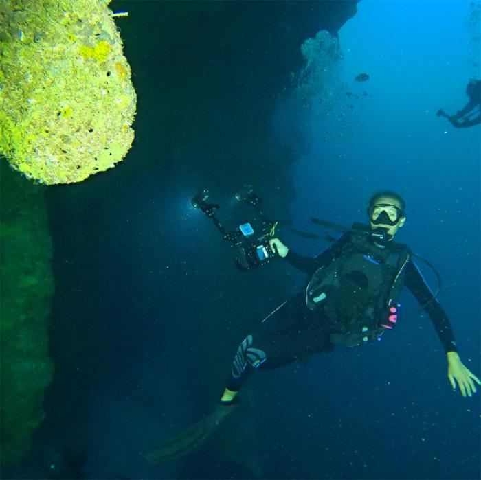 Photograph of diver © Gaelin Rosenwaks