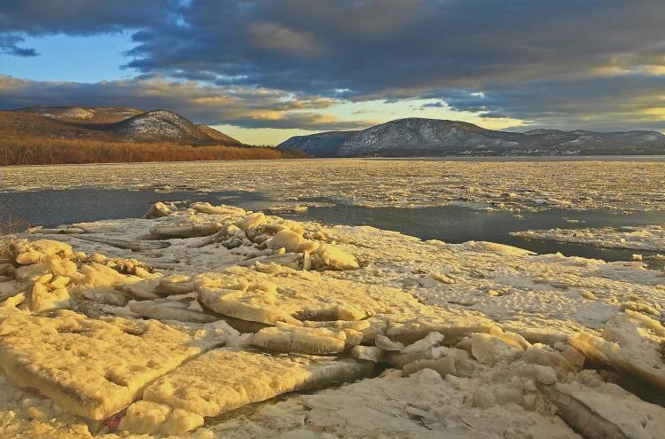 © Claudia Perko, Hudson Icescape, Denning's Point, Beacon, NY