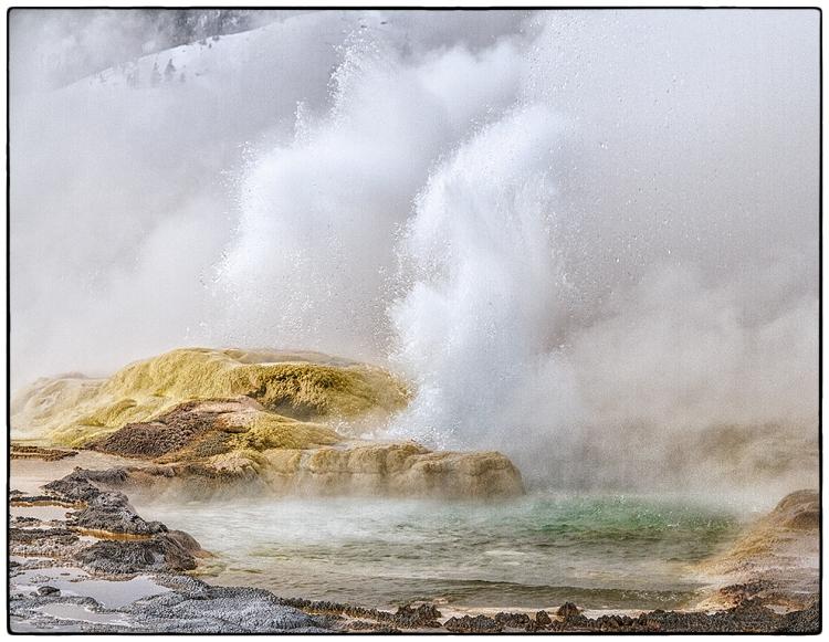 © Helen Pine, Geyser, Yellowstone NP, WY